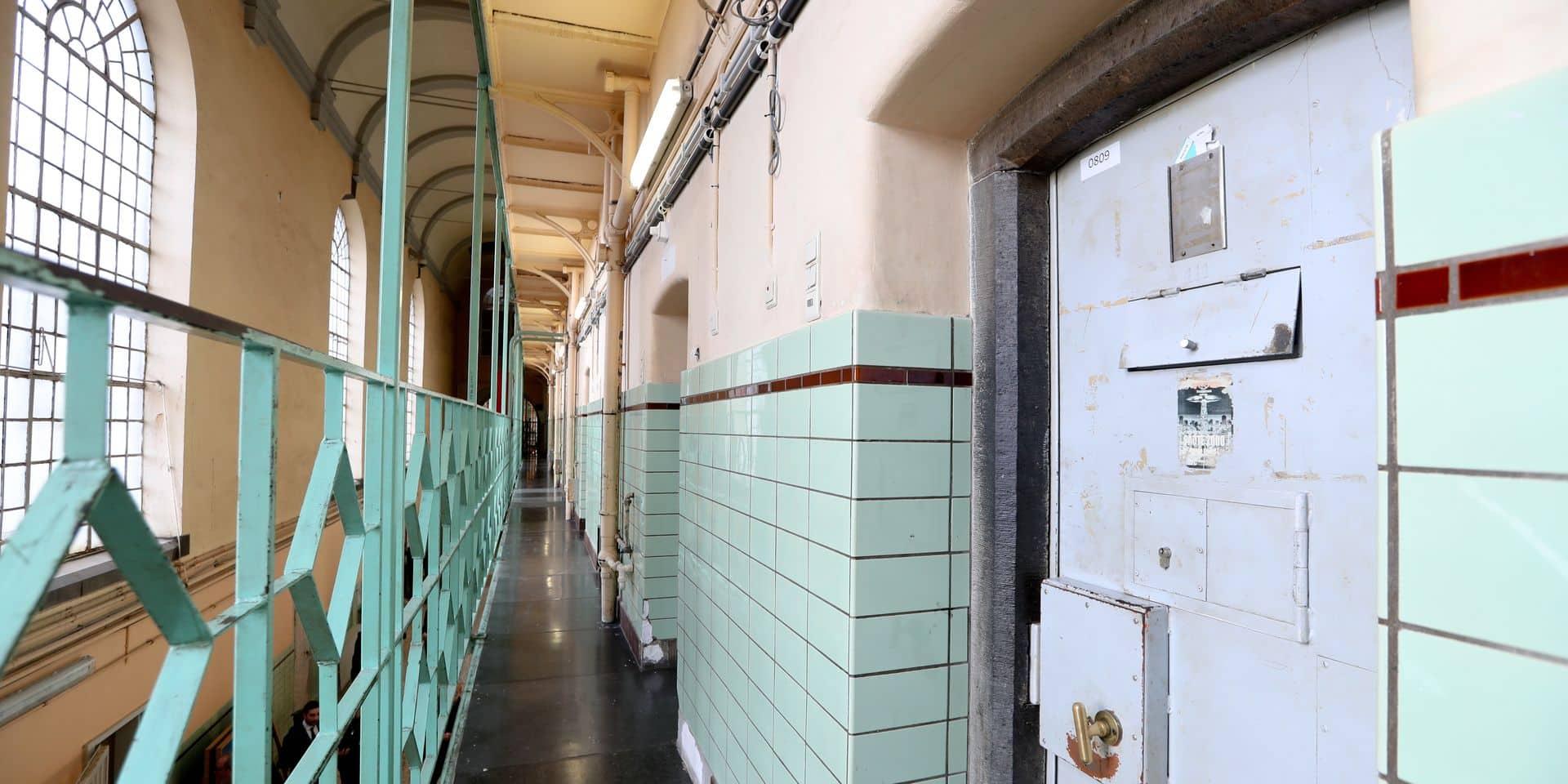 Photos Bernard Demoulin: Visite de la prison de namur et de la formation des detenus. Ministre Rachid Madrane et Eliane Tillieux