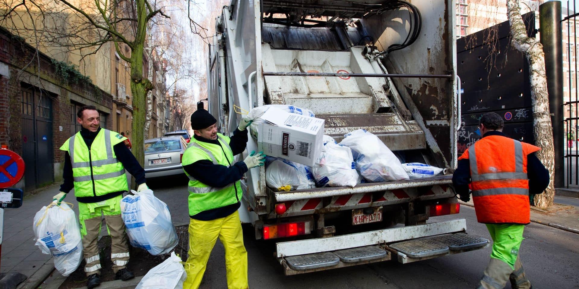 ramassage des sacs poubelles