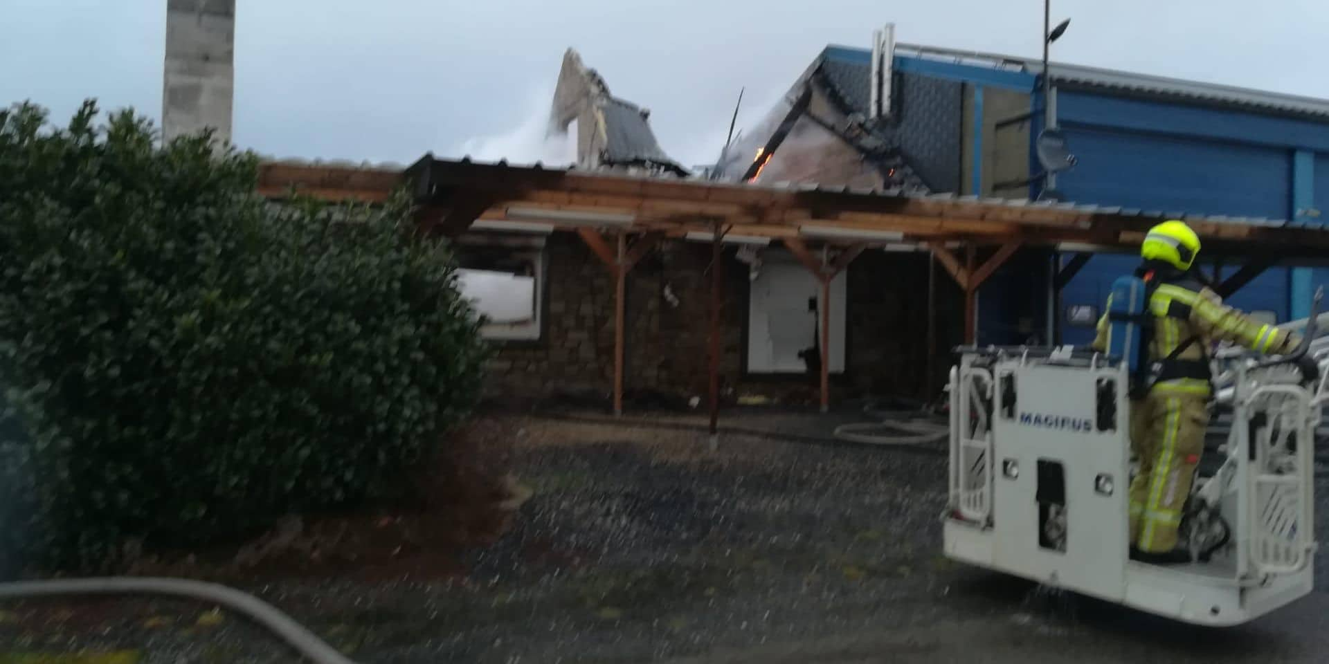 Vielsalm : une maison détruite par le feu à Neuville-Bas