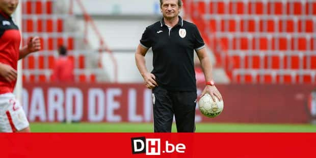 20150508 - LIEGE, BELGIUM: Standard Femina's head coach Patrick Wachel pictured ahead of the soccer match between Standard de Liege femina and PSV/FC Eindhoven, of the Women's BENE League competition (including Belgium and Dutch clubs), Friday 08 May 2015, in Liege. BELGA PHOTO DAVID CATRY