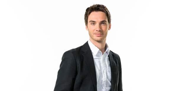 Laurent Mathieu, nouveau présentateur de Questions à la Une - La DH