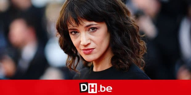 """(FILES) In this file photo taken on May 19, 2018 Italian actress Asia Argento arrives for the closing ceremony and the screening of the film """"The Man Who Killed Don Quixote"""" at the 71st edition of the Cannes Film Festival in Cannes, southern France. - Italian actress Asia Argento, who became a leading figure in the #MeToo movement after accusing powerhouse producer Harvey Weinstein of rape, paid hush money to a man who claimed she sexually assaulted him when he was 17, The New York Times reported Sunday. (Photo by Loic VENANCE / AFP)"""
