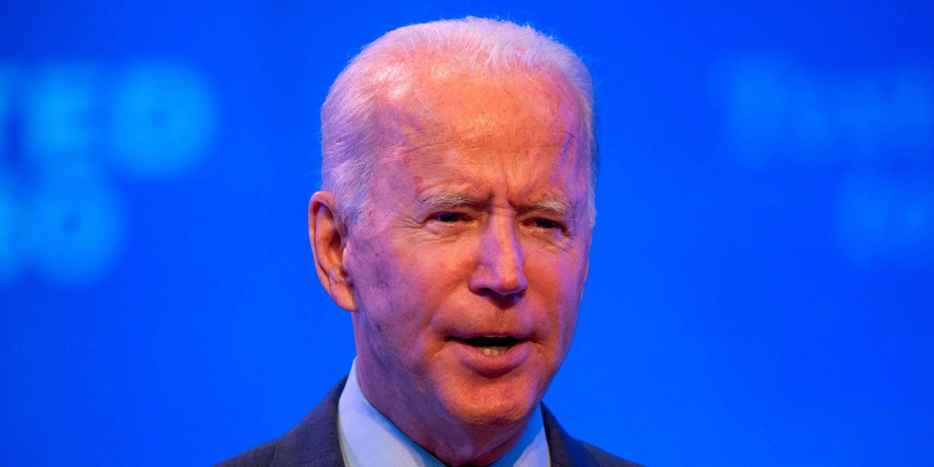 Joe Biden publie ses dernières feuilles d'impôts avant le débat contre Trump