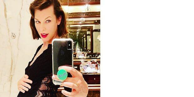 Milla Jovovich affiche ses formes