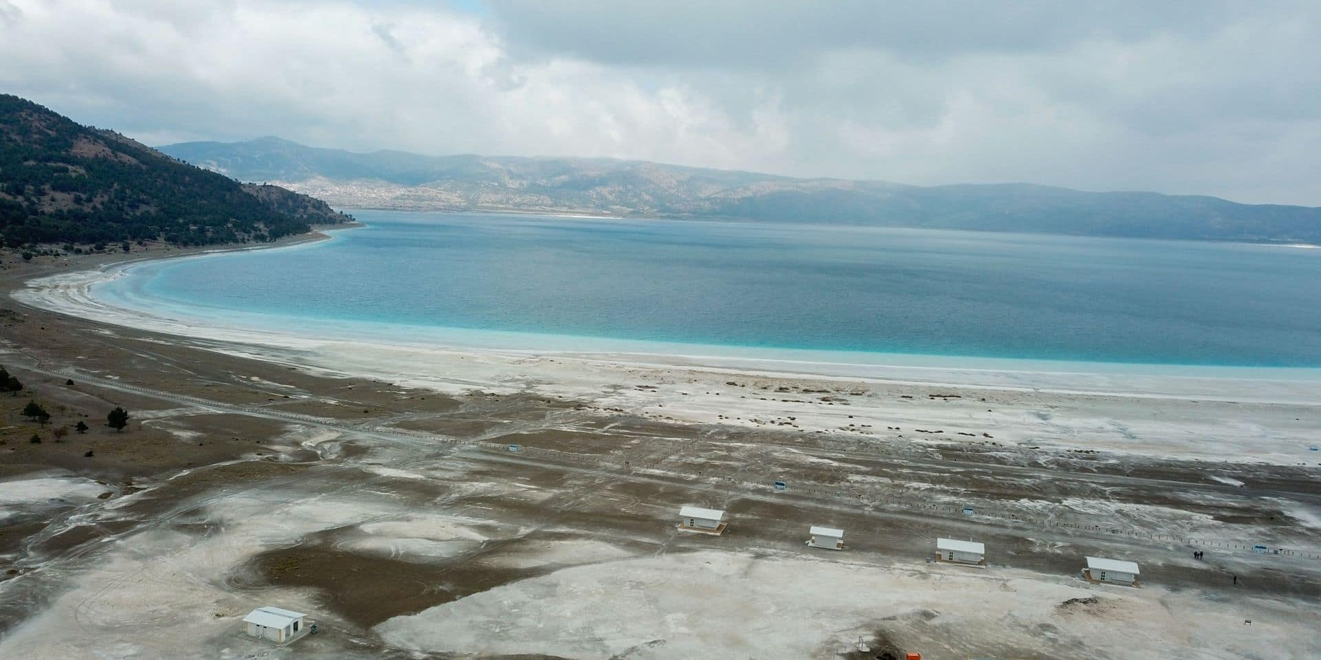Turquie: un lac unique au monde menacé par sa popularité