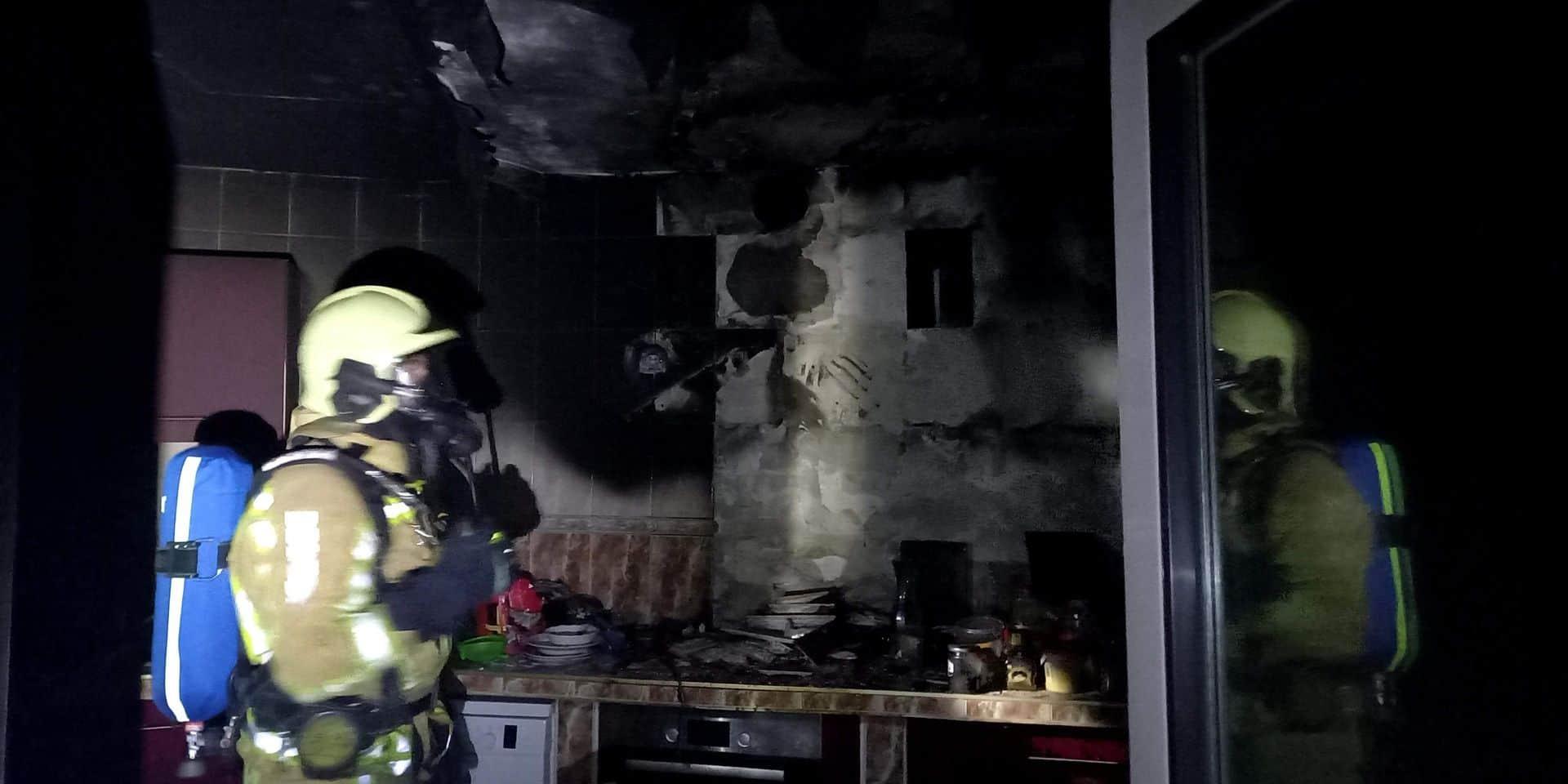 Une enfant brûlée au 1er et 2eme degré dans un incendie à Charleroi