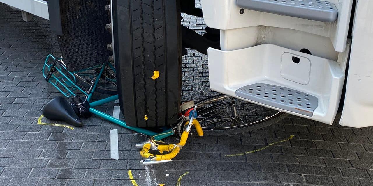 Une cycliste écrasée par un camion sur le piétonnier du centre-ville : ses jours ne sont pas en danger