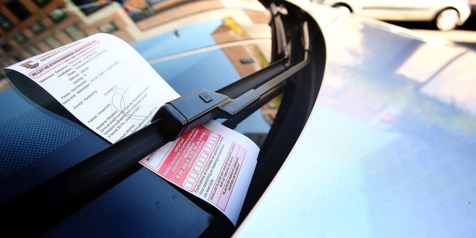 Les communes qui ont délégué la gestion du stationnement à parking.brussels ont empoché près de 17 millions d'euros en 2020