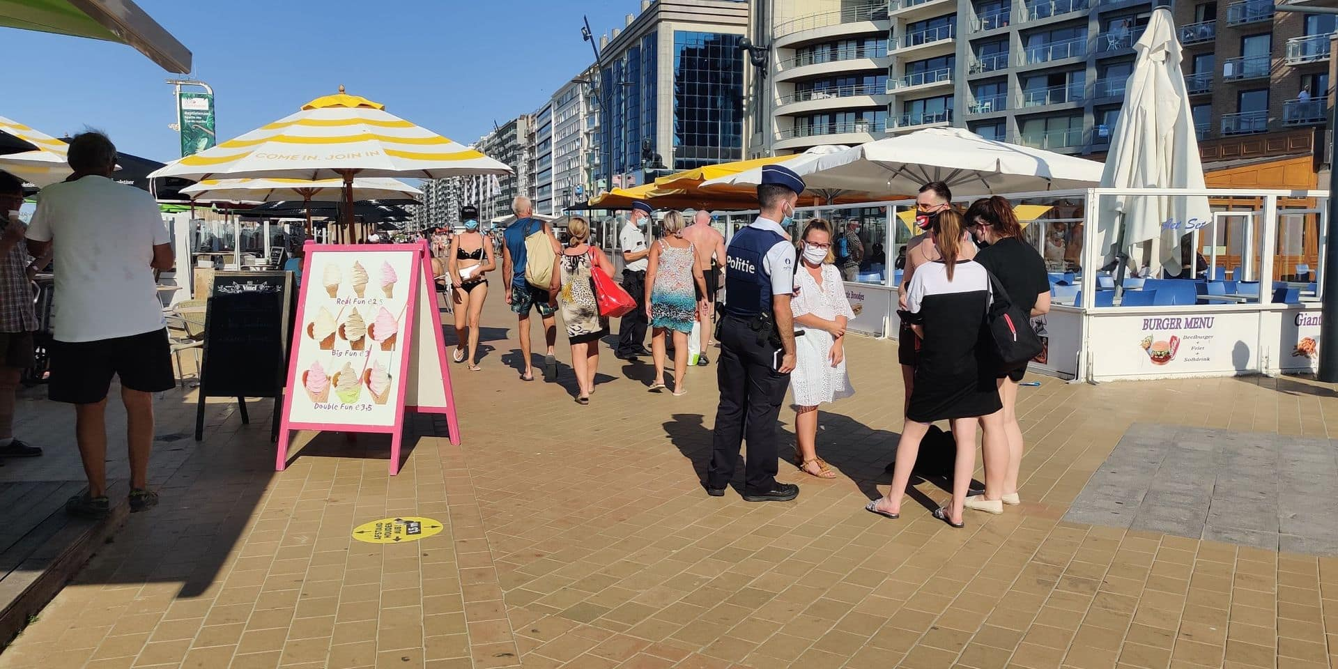 Des bars de plage de la côte belge pénalisés pour avoir assuré le service au comptoir
