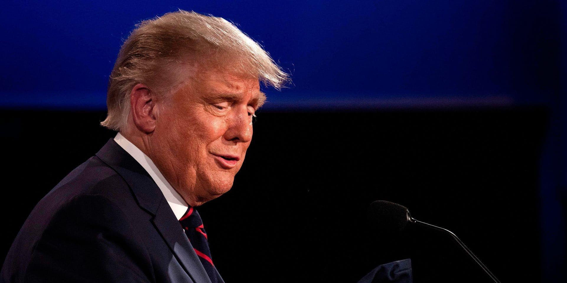 Contaminé par le coronavirus, Donald Trump est hospitalisé