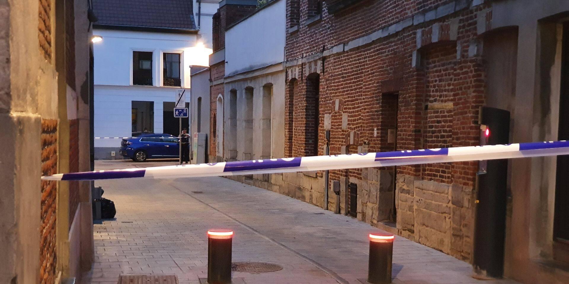 """Meurtre à Tournai: """"L'usage d'une arme n'est pas à exclure"""""""