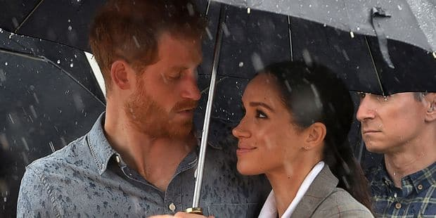 Une visite inoubliable placée sous le signe de la pluie et des enfants pour Meghan et Harry - La DH