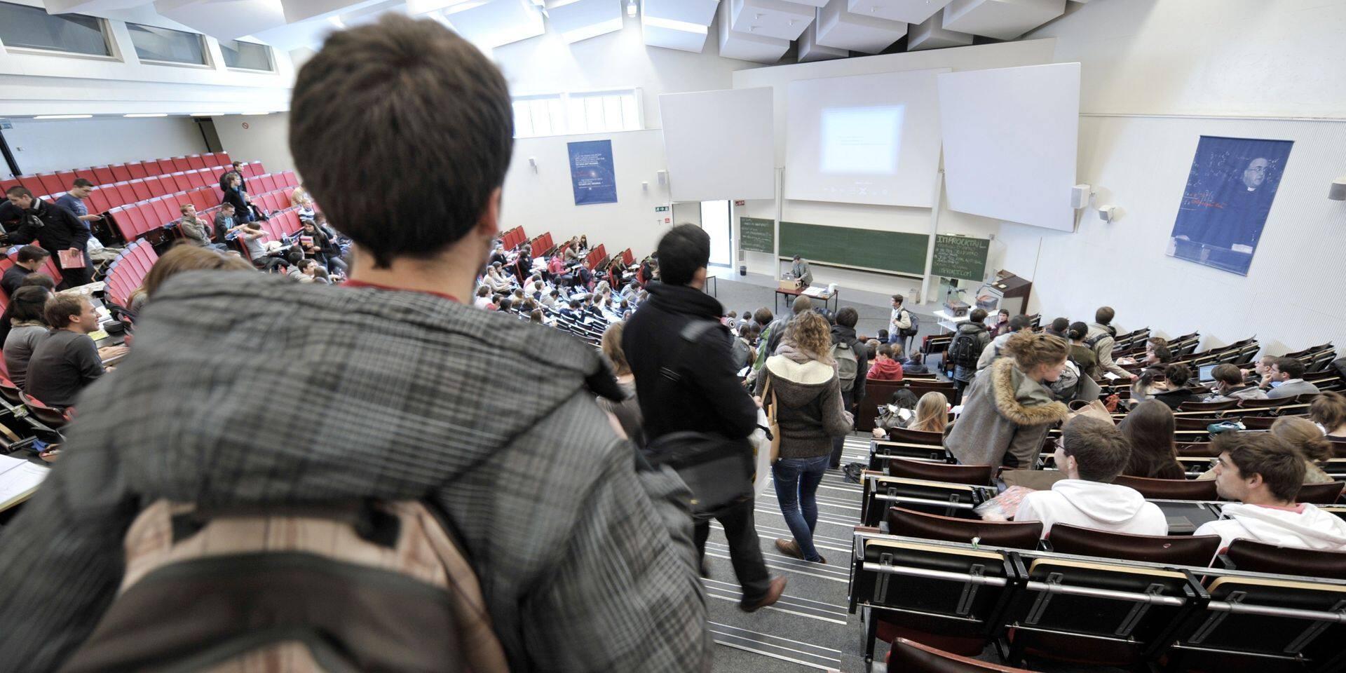 Le Roeulx : Une aide pour les étudiants et leur recherche de jobs