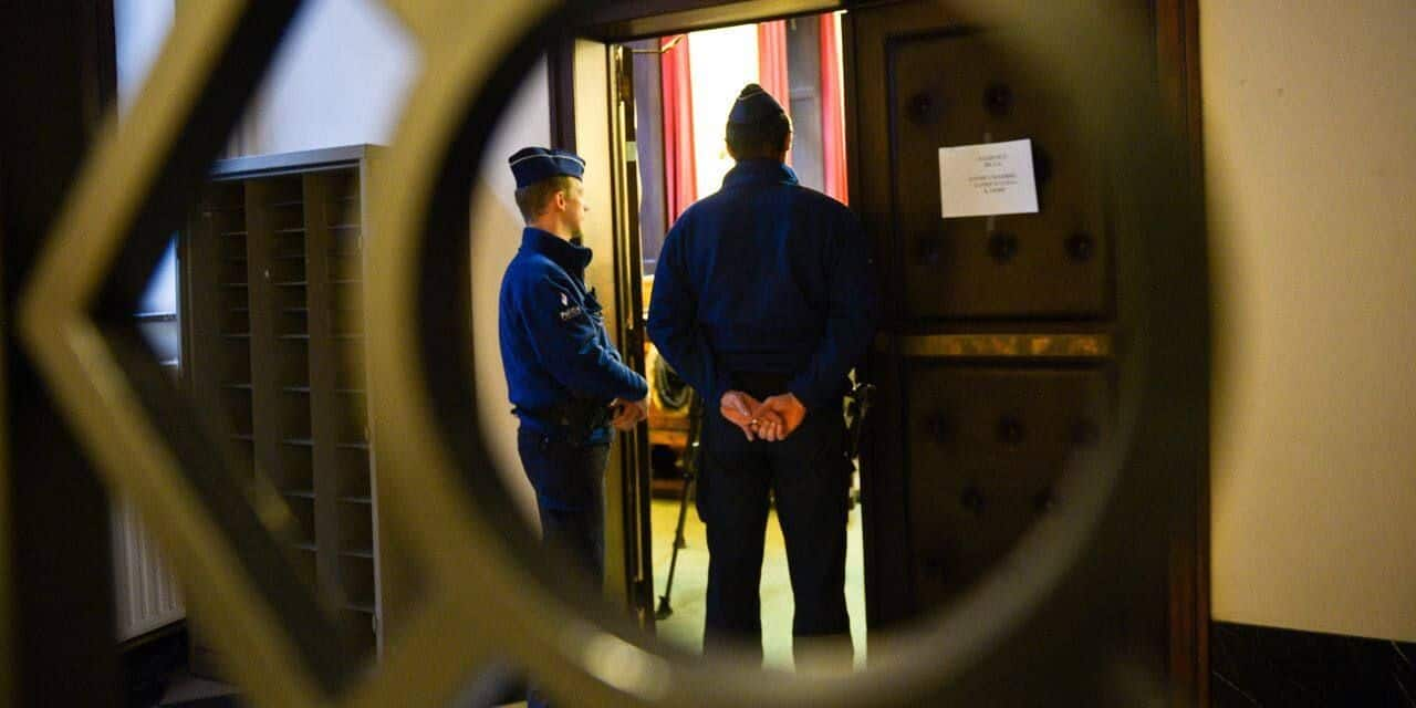 Charleroi : tentative de meurtre ce samedi : la femme est placée en détention préventive après avoir poignardé son compagnon