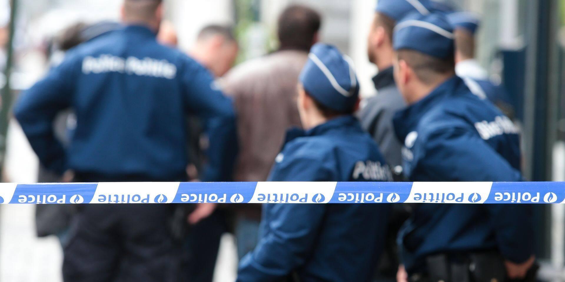Anderlecht : Appel du parquet contre la peine de travail du jeune ayant volé une arme de police