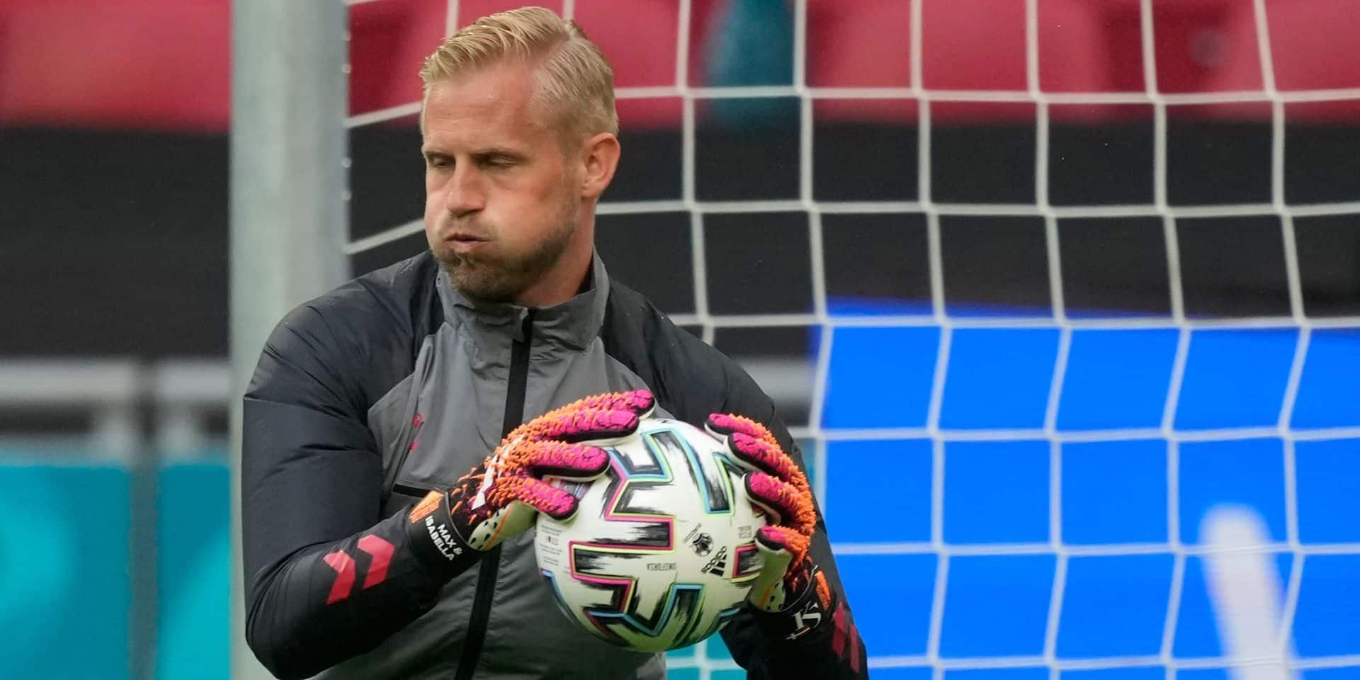 """""""En cas de tirs au but, Kasper Schmeichel sera prêt"""" affirme son père Peter"""
