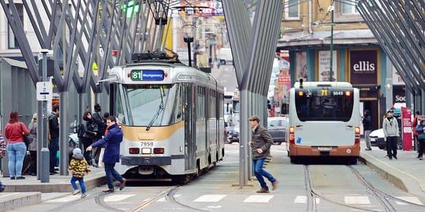 La congestion à Bruxelles fait perdre 25% de temps aux transports en commun de surface - La DH