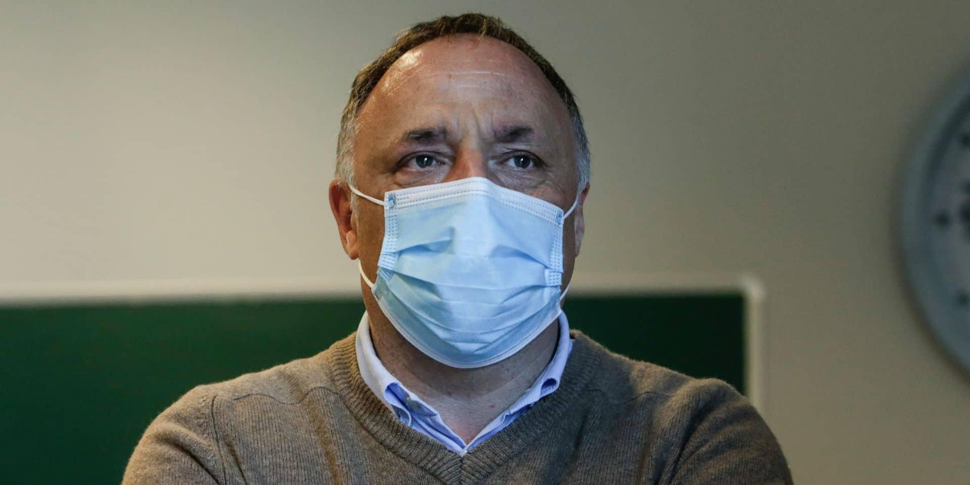 """Marc Van Ranst sur la deuxième vague: """"Les virologues ont été traités de semeurs de panique, mais ils avaient raison"""""""