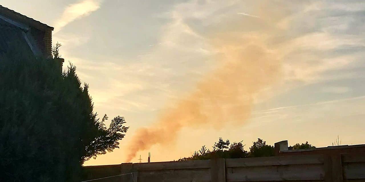 Saint-Ghislain: des fumées orangées aperçues depuis deux jours par des riverains