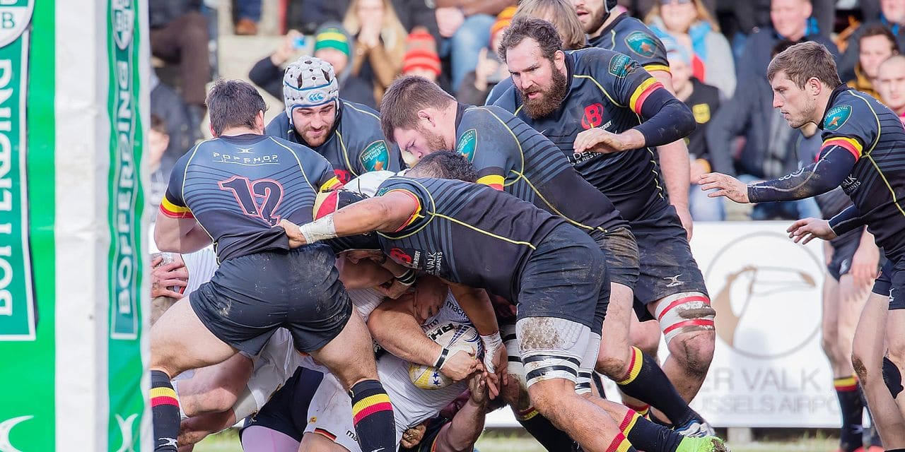 09 February 2019, Belgium, Bruessel: Rugby: EM, Division 1A, Matchday 1: Belgium-Germany. Toby Williams (Germany, 1) succeeds in the first attempt for Germany against a Belgian supremacy. Photo: Jürgen Kessler/dpa Reporters / DPA
