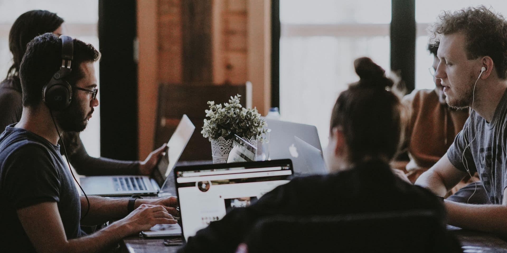 Ecouter de la musique en travaillant est-ce que cela aide vraiment à se concentrer ?
