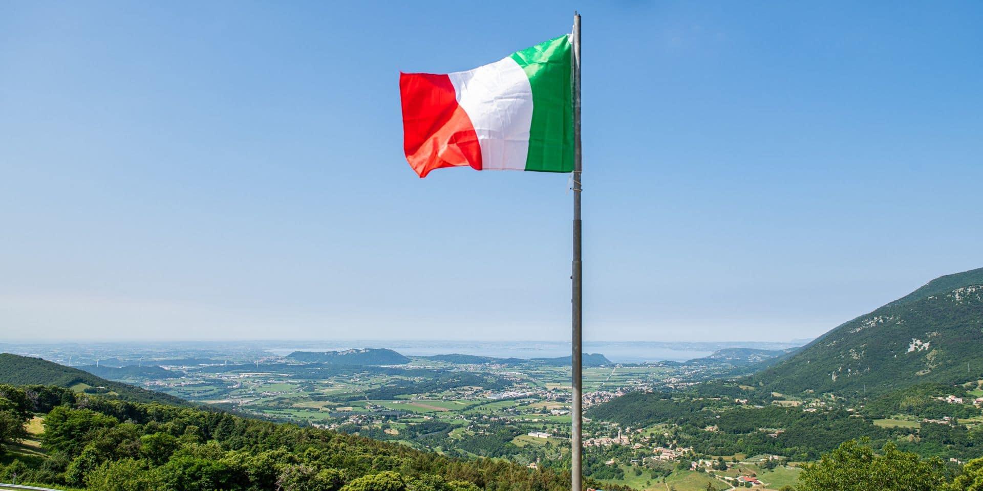 Italie: un homme ouvre le feu dans un club, dix blessés