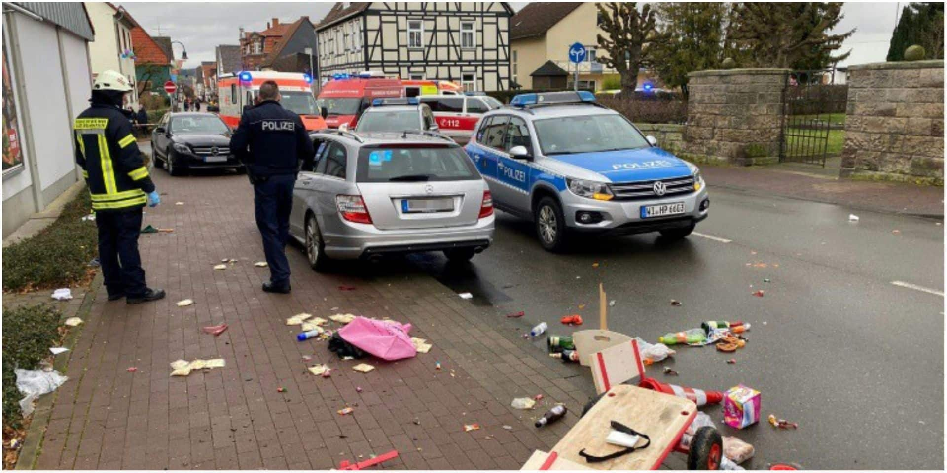 Une voiture fonce dans un carnaval en Allemagne: le conducteur du véhicule poursuivi pour tentative de meurtre