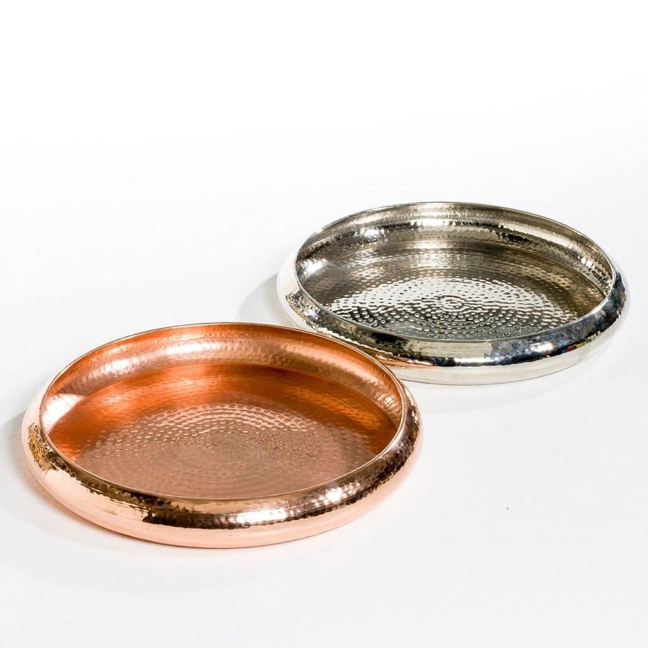 Plateau en métal tavelé argenté ou or doré,           La Redoute, 84,99€