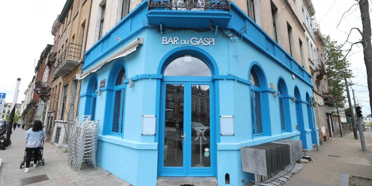 Les nouvelles couleurs du Bar du Gaspi ne plaisent pas à la commune